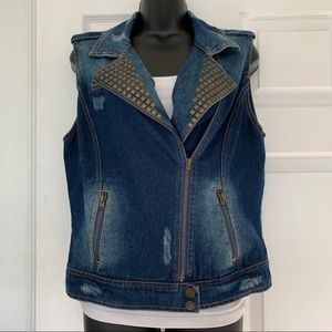 Studded Jean vest. XL Great condition. Rugged